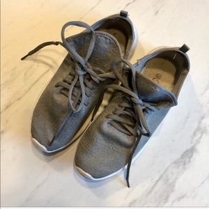 FOREVER 21-Gray Lace-up Boho Wedge Sneakers 6.5